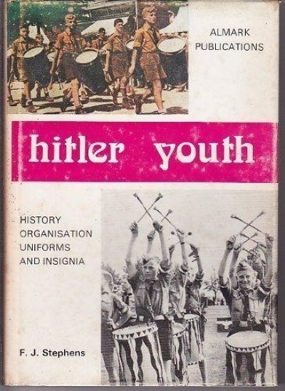>HITLER YOUTH. HISTORY ORGANISATION UNIFORMS AND INSIGNIA<